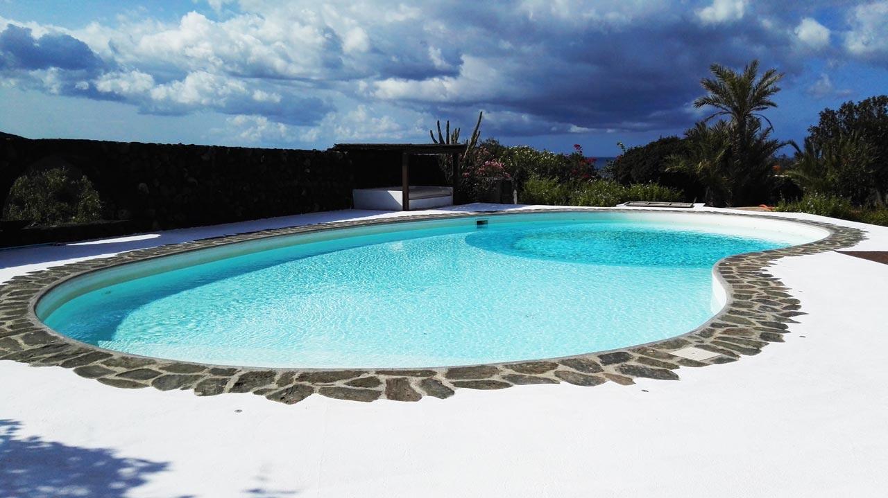 Villa-Cimillia-Piscina-Immobiliare-Pantelleria-Cielo-Esterni