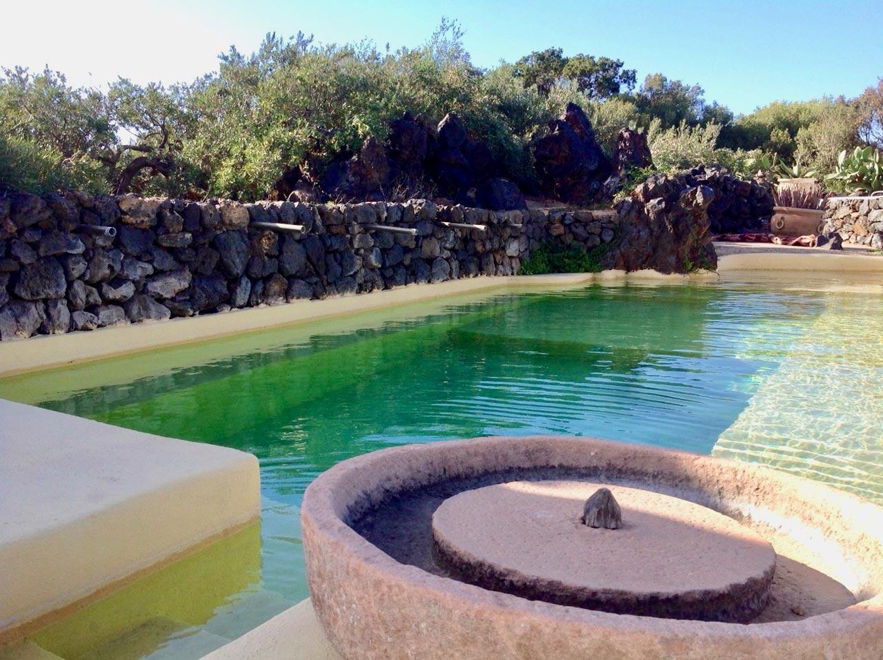 the-emerald-pool-2-immobiliare-pantelleria-dammuso-luna
